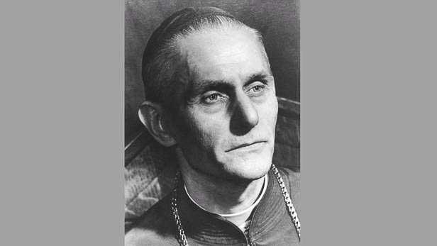 Bīskaps Boļeslavs Sloskāns.