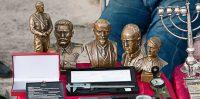 AAK Senlietu tirgus Ikšķilē. 07.07.2009. Saliksim galvas kopā.