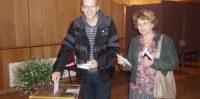 Pirmie balso Jānis Kalniņš un Valda Kalniņa.