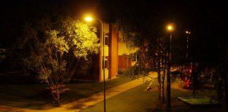 Ikšķiles PII Urdaviņa vasaras naktī, pilnā spožumā.