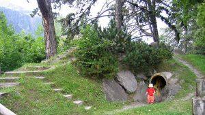 Bērnu laukumi Šveices mazpilsētā Frutigen.