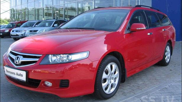 2006.gads 2,0 benzīns, 65300km Honda Accord, cena 7900Ls ar PVN. Foto: SS.LV