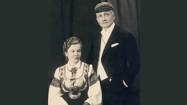 Jānis Sudrabs ar sievu Vilmu.