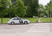 """Valsts Ceļu policija """"zin"""" kur var stāvēt."""