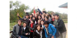 Foto redzami jaunieši, kas 2009/2010 mācību gadā dzīvoja Latvijā.
