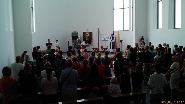 Dievkalpojums Ikšķiles Karmela klosterī, Smilšu ielā 15.