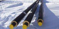 Februāra pēdējā nedēļā, vairāk kā mēnesi pēc darbu sākšanas, tiek atvestas jaunās caurules.