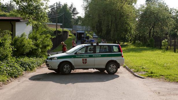 Ikšķiles pašvaldības policijas auto.