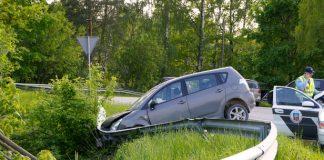 Neliela avārija iebraucot Ikšķilē