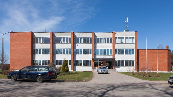 Iksķiles novada pašvaldības ēka, Peldu iela 22, Daugavmala, Tīnūžu pag., Ikšķiles novads