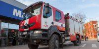 """VUGD piederošais RENAULT """"KERAX"""" HG-8934 automašīna pie Ikšķiles """"MAXIMA"""""""