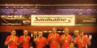 Florbola komanda Ikšķile - RAČF 2013/14 gada sezonas čempioni. Foto no Instagram: @dzilna