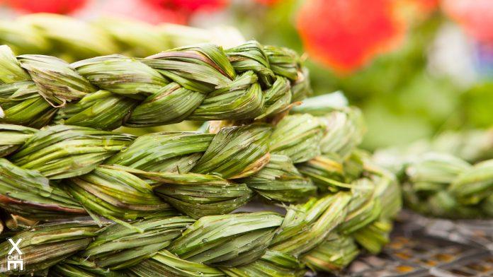 Jāņu zāles, ziedi un vainagi no Ikšķiles tirgus laukuma
