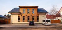 """Ikšķiles Dienas centrs, """"Veselības un sociālo lietu pārvalde"""" ēka. Daugavas prospektā 34."""
