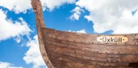 Ikšķiles pilsētas 830 gadu jubilejai veltītais vikingu ozolkoka kuģis Üxküll. Foto: IkskileTV