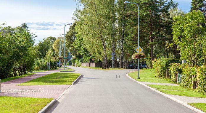 Ozolu ielas un Dārza ielas krustojums Ikšķilē. Foto: Ikskile.tv