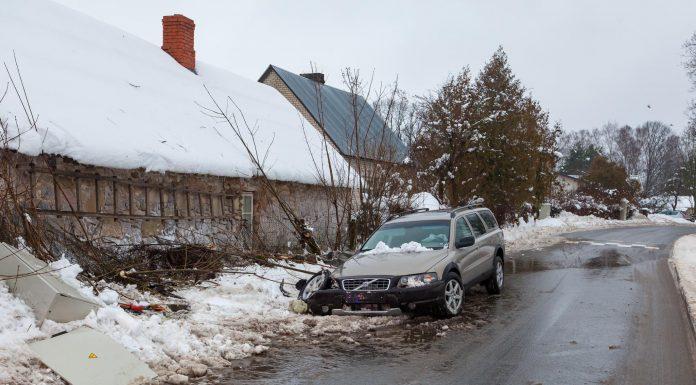 Volvo XC-70, Ozolu iela, Iksķile. 26.janvaris 2016.gads