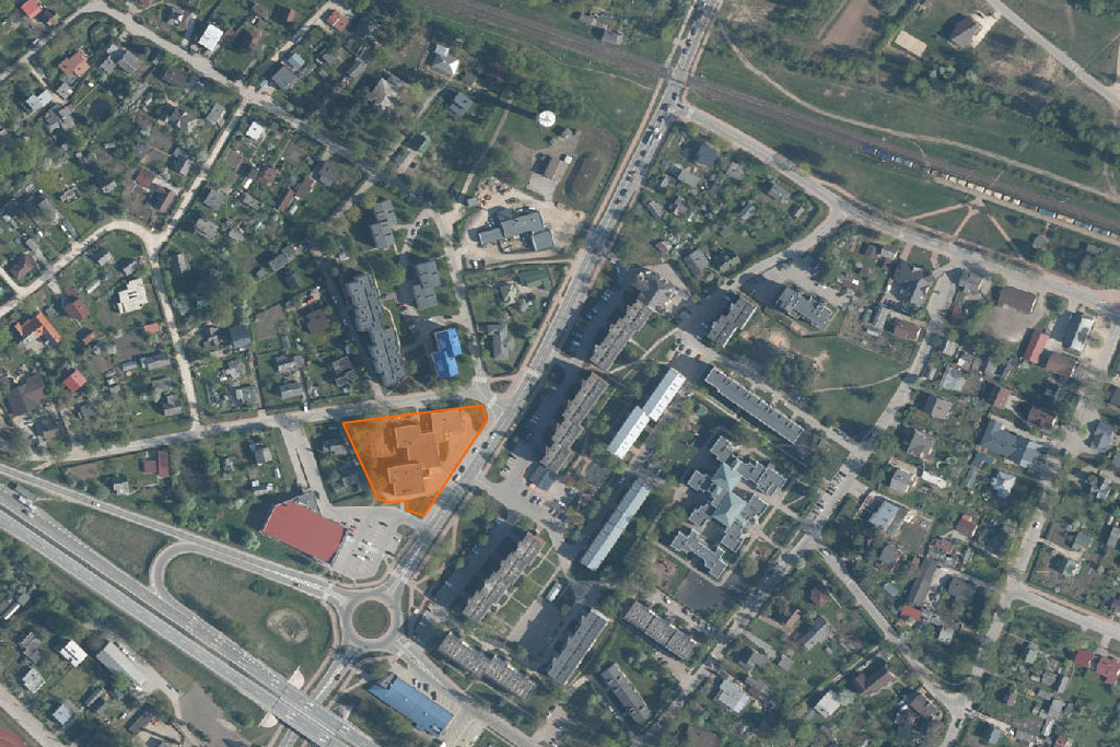 Skolas iela 4, Ikšķile. Ekrānšāviņš no Google maps