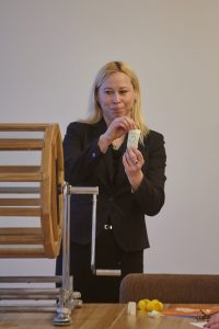 Inga Lamstere - Latvijas Atīstībai, Nr.3. Vēlēšanu zīmju secības izloze Ikšķiles novadā. 2017.gada 28.aprīlis